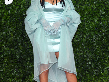 Rihanna and her First-Ever Fashion Award For Fenty