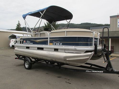 2020 Sun Tracker Party Barge