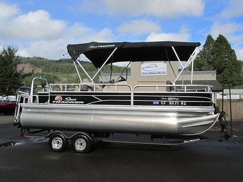 2018 Sun Tracker Fishin Barge
