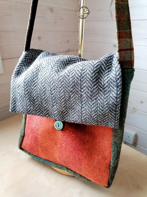 Cleo Original Tweed Bag