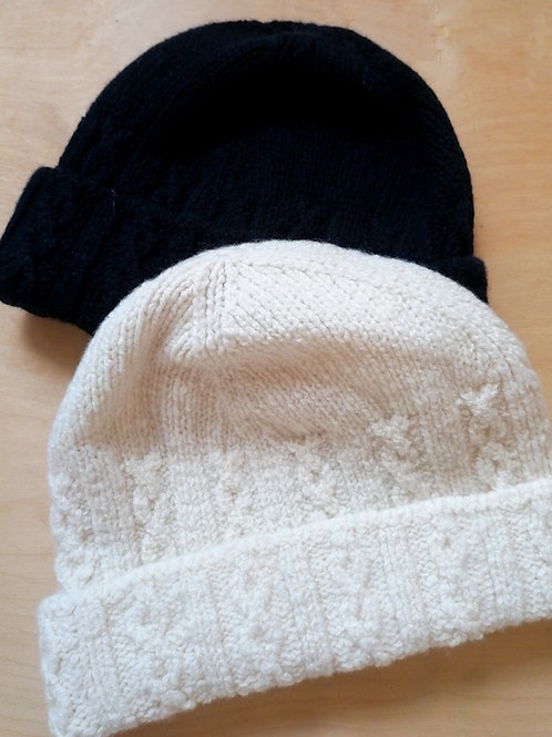 Inis Meain Cable hat