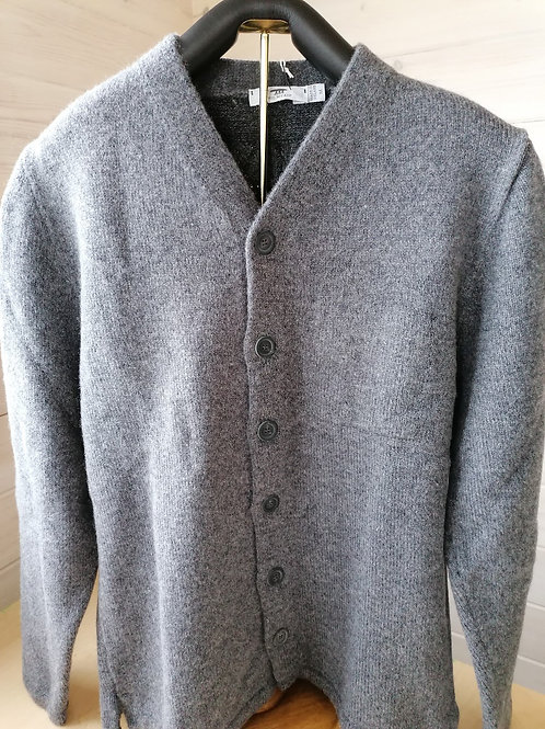 Inis Meain Hi V jacket. 80% Wool and 20% Linen