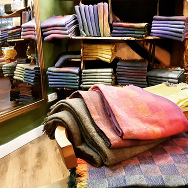 Cleo%20%20Irish%20wool%20woven%20throws_
