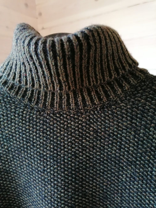 Fisherman Out of Ireland - Polo Neck Sweater