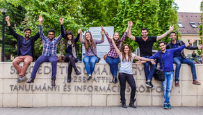 על פפריקה, ויטמין C ולימודי רפואה בהונגריה