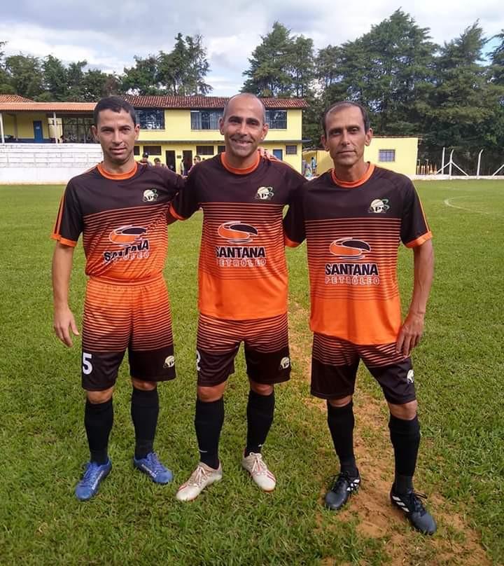 Paulinho, Daniel e Chiquinho.