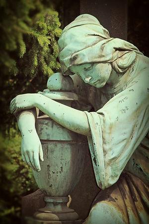 mourning-1547634_1920.jpg