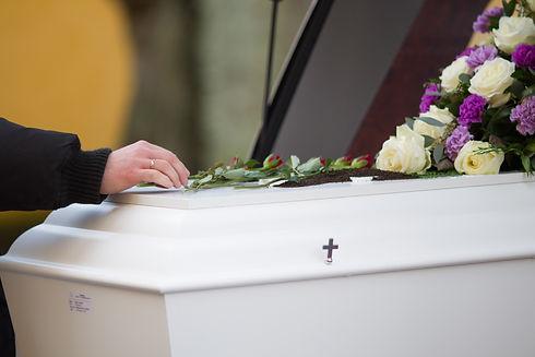 trasporto funebre.jpg