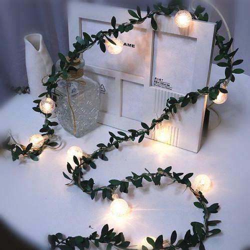 Christmas Tree Life Extender: 3meters Green Leaf USB Globe LED String Lights