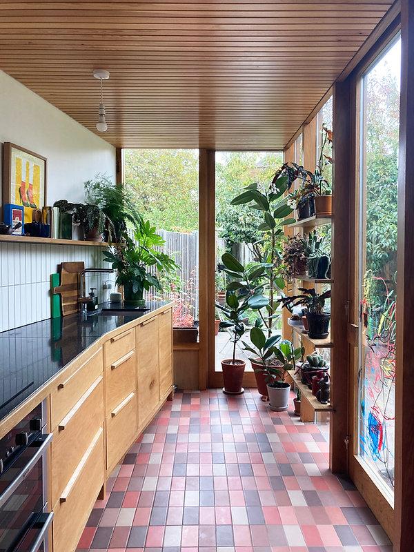 OEB-SummerhillRoad-kitchen4.jpg
