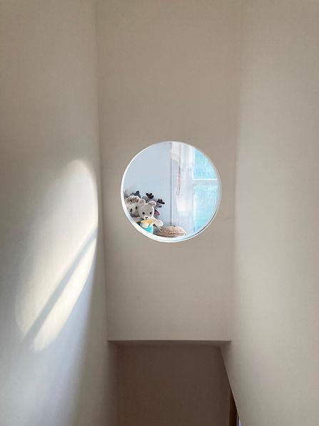 OEB-SummerhillRoad-round window.jpg
