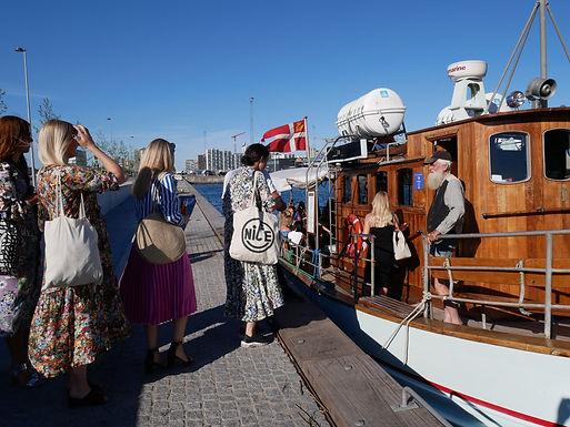 Mols t/r St. Bededag med skib