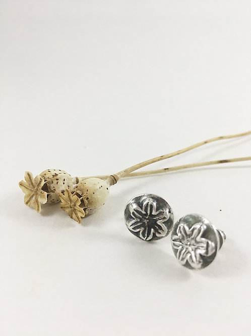 poppy head snowflake stud earrings, nature jewelry, flower jewelry, snowflake jewelry, fine silver stud earrings, PMC studs