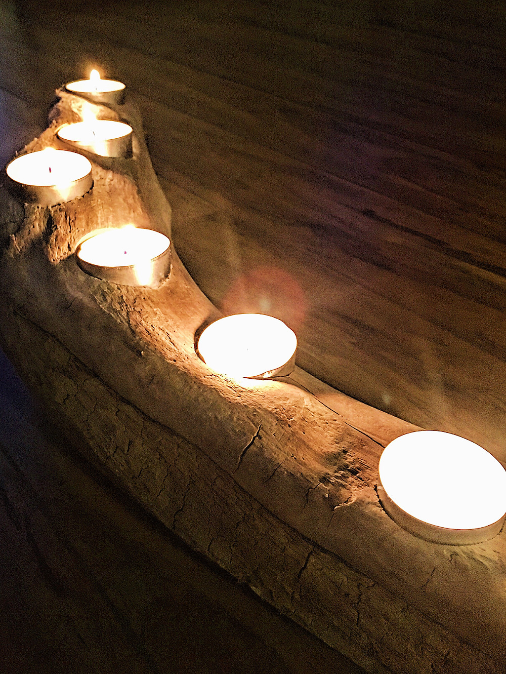 Beautiful driftwood candleholder