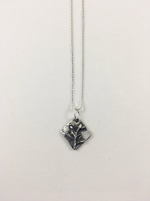 fine silver buds pendant, nature pendant jewelry, nature jewellery, fine silver necklace, nature necklace, handmade silver