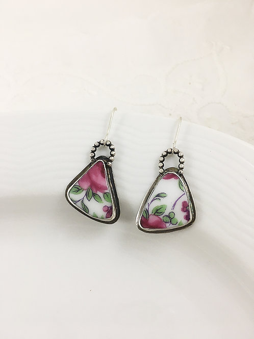 broken china earrings, upcycled china jewelry, upcycled jewelry, porcelain jewelry, silver earrings, bespoke jewellery