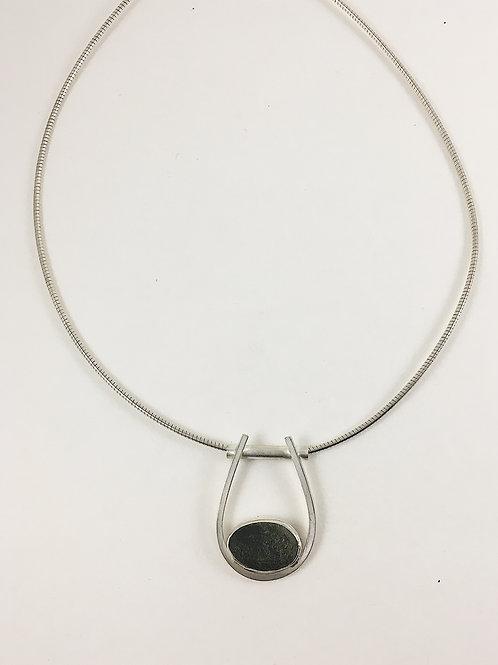 choker necklace, pebble necklace, geometric silver er necklace, pebble pendant, natural pebble jewelry jewellery