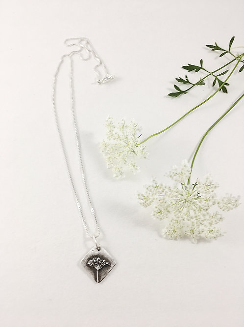 Fine silver Queen Anne's Lace pendant, nature jewelry, botanical jewelry, laying necklace, handmade silver jewelry