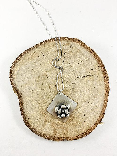 silver succulent pendant, succulent jewelry, nature jewelry, botanical jewelry, silver pendant, succulents