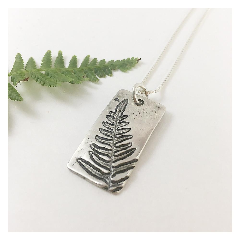 nature jewelry fern pendant