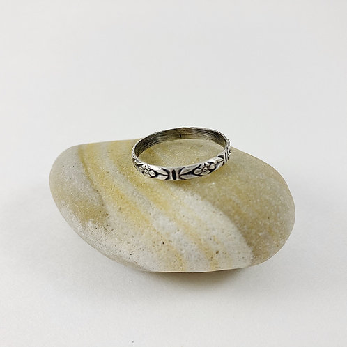Sterling Lace Patterned Ring