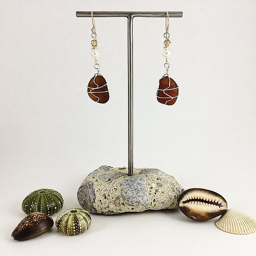 Brown sea glass and pearl earrings with sterling silver wire, handmade sterling jewelry, pearl earrings, recycled glass