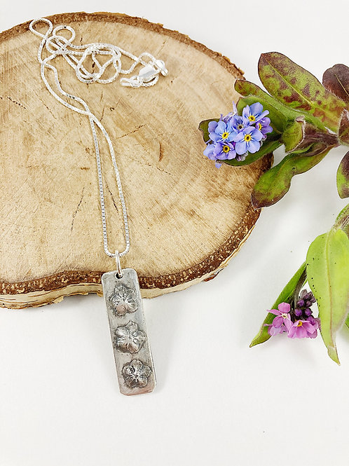 Fine silver forget-me-not flower pendant, nature jewelry, botanical jewelry, layering necklace, flower necklace