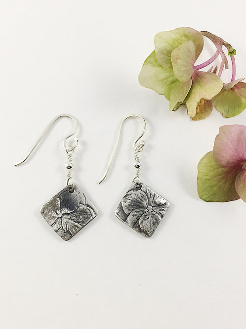 fine silver hydrangea b looms earrings, botanical jewelry, nature jewelry, nature earrings, silver jewelry, PMC jewelry