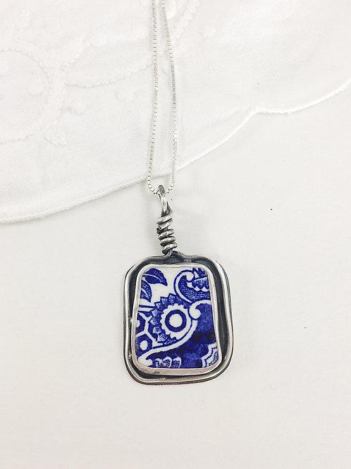 broken china pendant, broken china jewelry, broken china necklace,Willow pattern china, art jewelry, handmade silver jewelry,