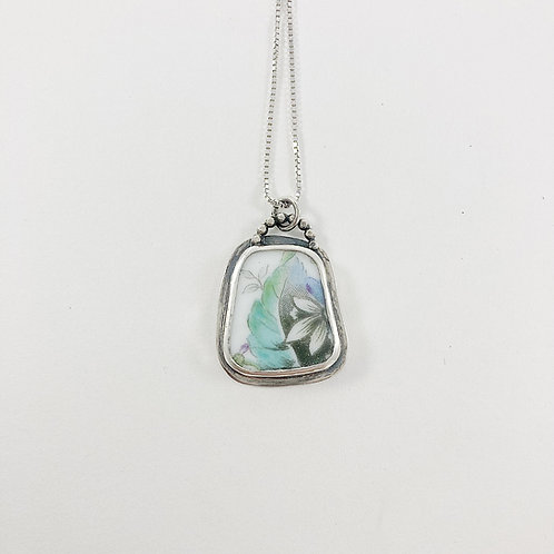 broken china pendant, broken china jewelry, uypcycled jewelry, handmade silver jewelry, vintage china