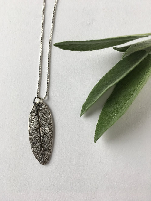 Nature inspired jewelry, leaf pendant, pure silver jewelry, handmade jewelry, botanical jewelry