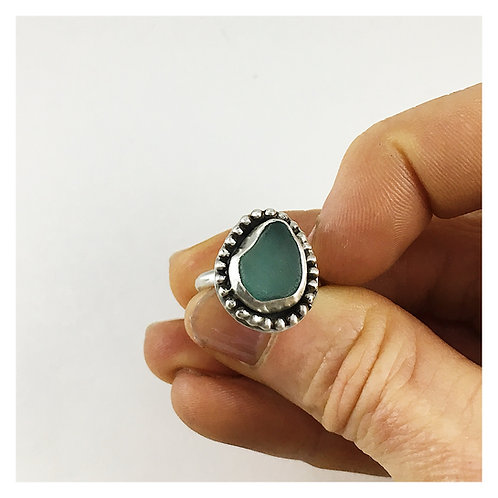 sea glass ring, sea glass jewelry, sea glass jewellery, handmade ring, silver jewelry