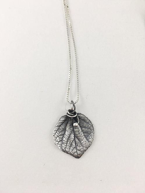 fine silver aspen leaf pendant necklace, nature jewelry, leaf necklace, leaf jewelry, forest jewelry, nature jewellery,