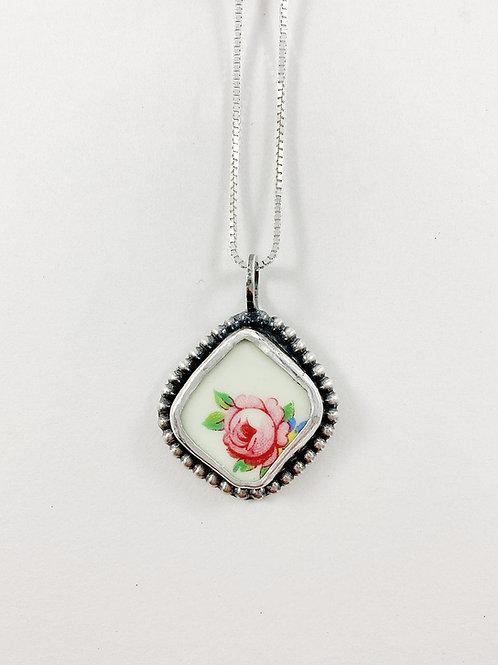 broken china mini pendant, broken china jewelry, uypcycled jewelry, art jewelry, handmade silver jewelry, vintage china