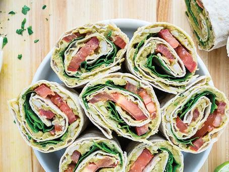 Wraps gevuld met bonen en avocado's