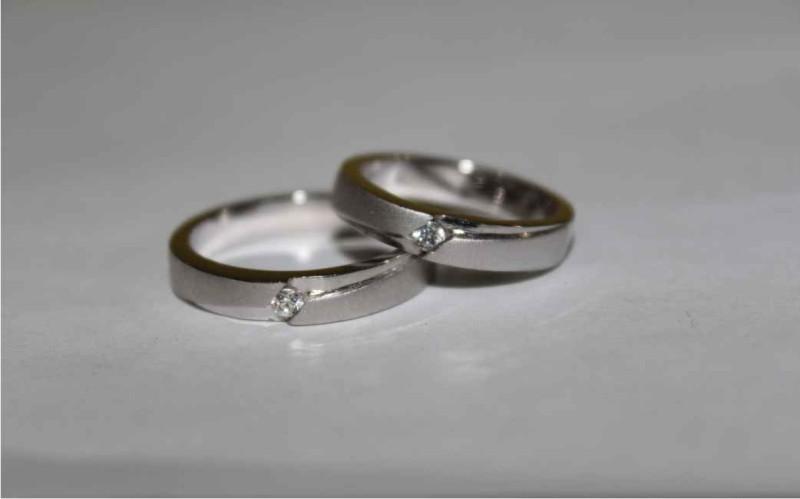Idealnya Bahan Cincin Kawin Untuk Pasangan Muslim