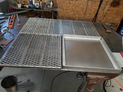 grates and drip pan