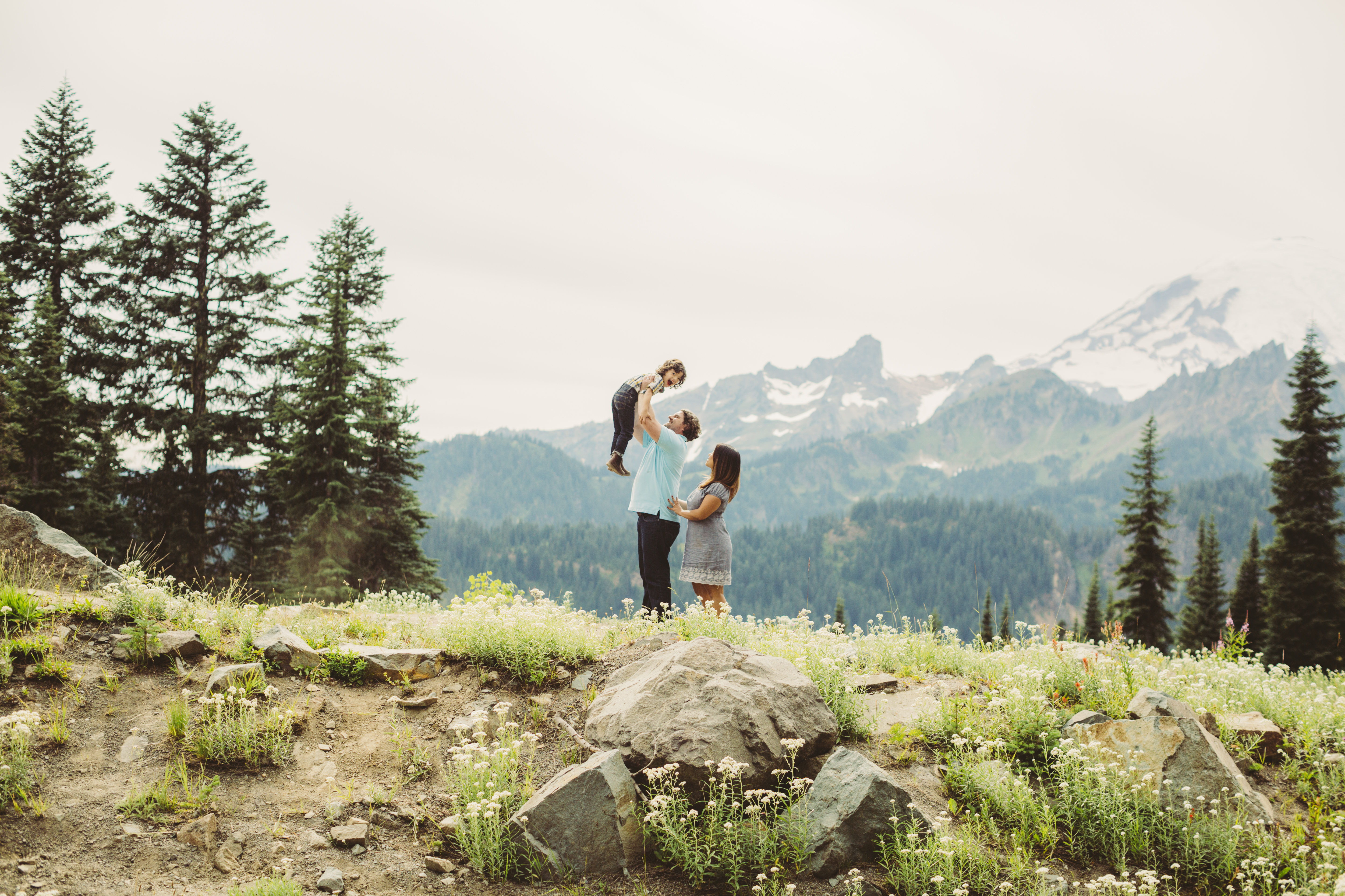 Mt Rainier family photography
