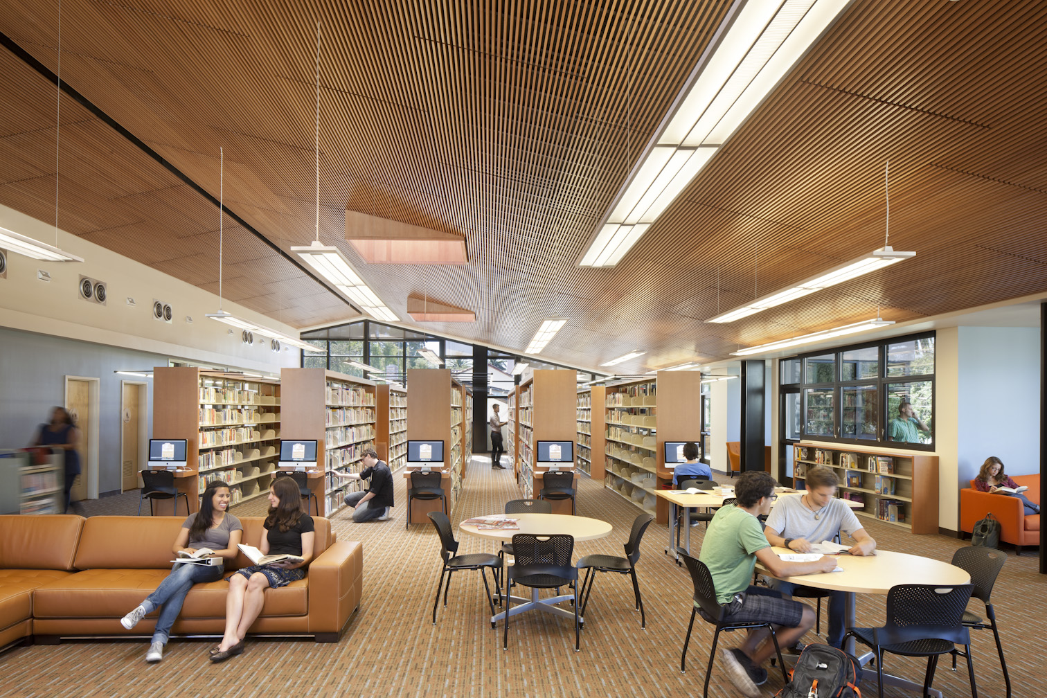 south campus library student lounge