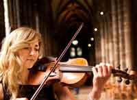Mairi Thérèse Gilfedder, Grouse Ceilidh Band's Fiddler