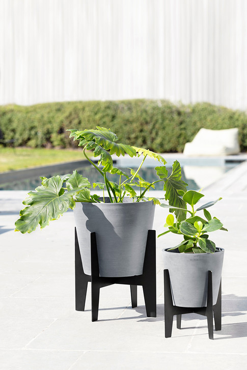 Ecopots On Stilts with Ecopots Amsterdam in Blue Grey