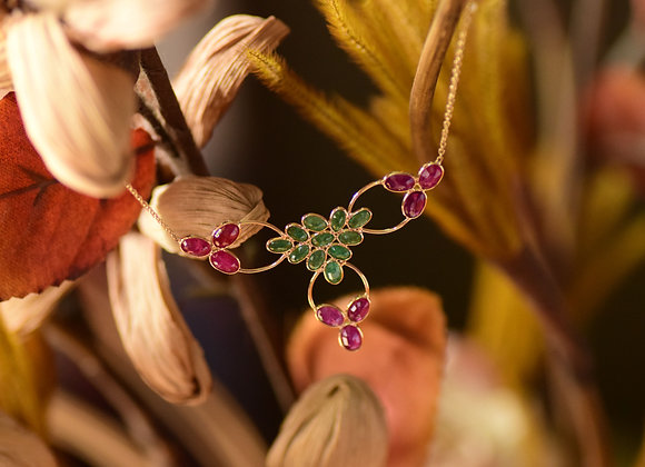 Indian-Pattern Necklace with Ruby and Emerald in 18K Gold