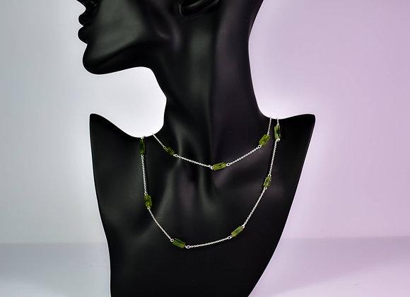 Minimalist 925 Silver Bezel Chain with Green Tourmaline