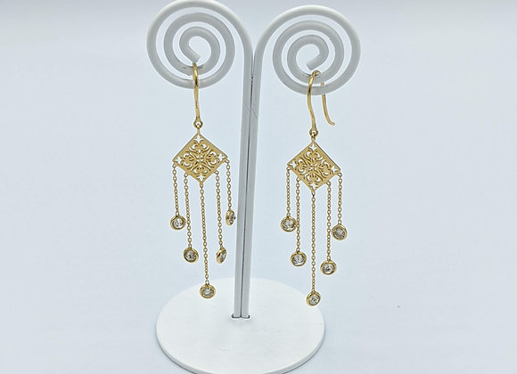 Gold Motif Earring with Diamonds