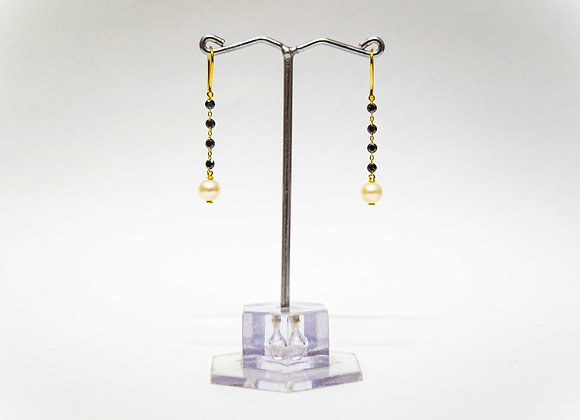 18K Gold Diamond and Pearl drop Earring