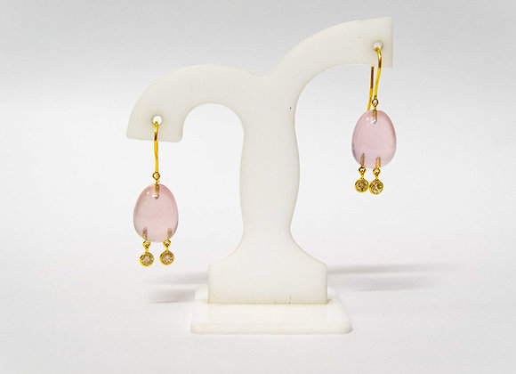 18K Gold Rose Quartz Earring with Diamond