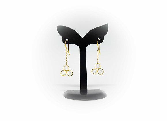 18K Gold Earring Tri-shape Diamond