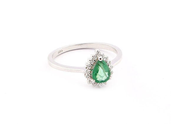 Royal Pear shaped Emerald Ring in 925 Silver