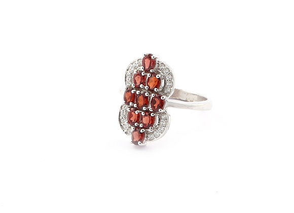 Tall Garnet Ring in 925 Silver