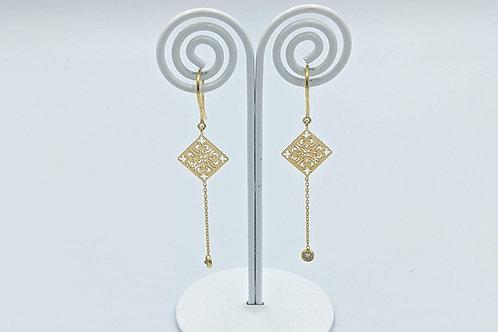 Single Diamond Dangle Gold Motif Earring
